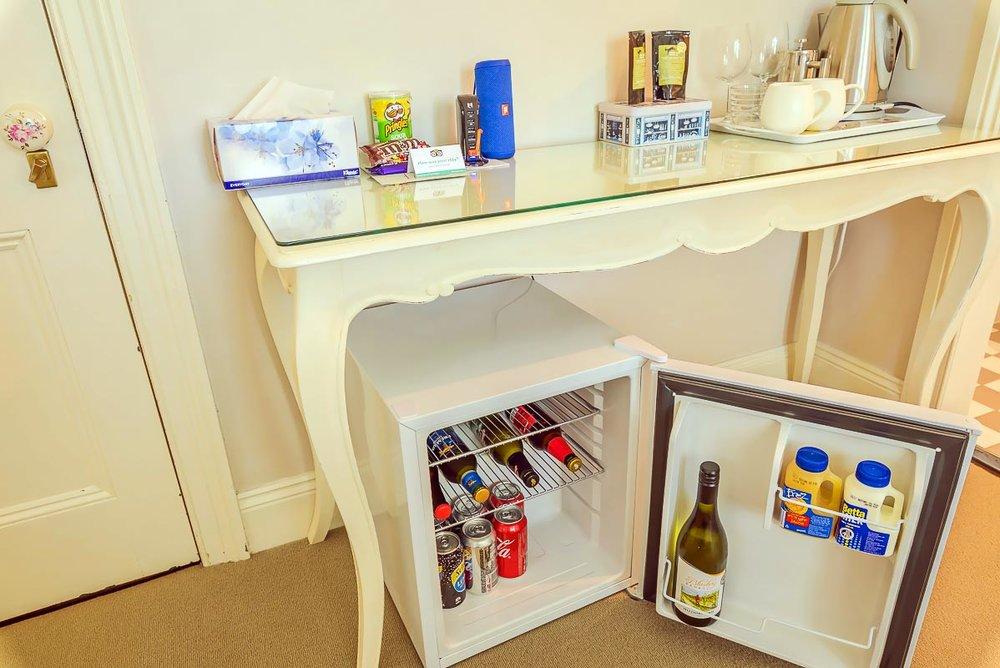 glencoe country b&b minibar and snacks